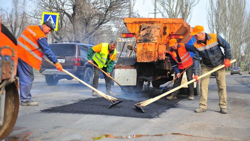 Reparații pe străzi – Primăria mun.Chișinău dă de știre