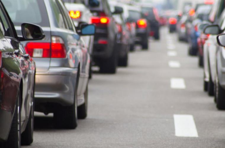 Automobilele înregistrate în mun. Chișinău ocupă 20,7% din suprafața străzilor din oraș.