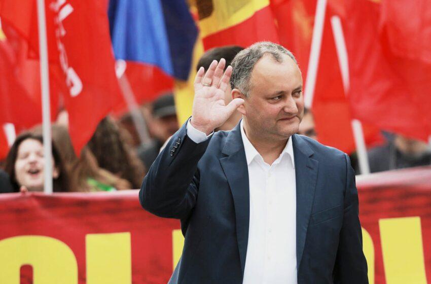 Igor Dodon renunță la mandatul de deputat în Parlament şi la funcţia de preşedinte al PSRM